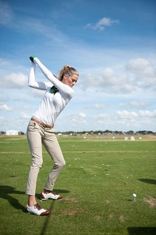 ゴルフ肘スイングイメージ